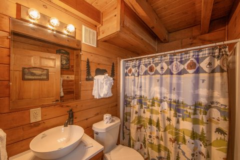 Spacious 1 bedroom cabin with 2 Full Baths - Moose Lake Lodge