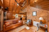 Spacious living room in Rustic 1 bedroom cabin