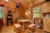 1 Bedroom cabin with Dining room for 4