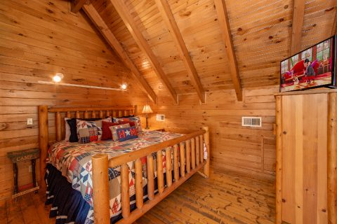 Rustic 1 Bedroom cabin with King Bed and TV - Moose Lake Lodge