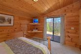 3 Bedroom Cabin with 2 Main Floor Bedrooms