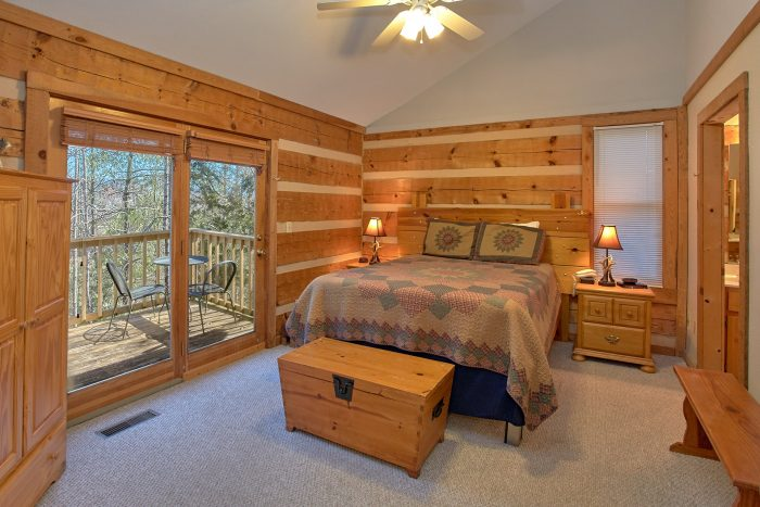 Cabin with a Master Bedroom on the Main Level - Mountain Crest