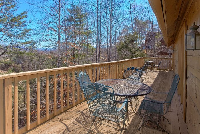 Smoky Mountain 4 Bedroom Cabin Views From Deck - Mountain Crest