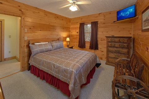 4 Bedroom Cabin with 4 Queen Beds and Baths - Mountain Fever