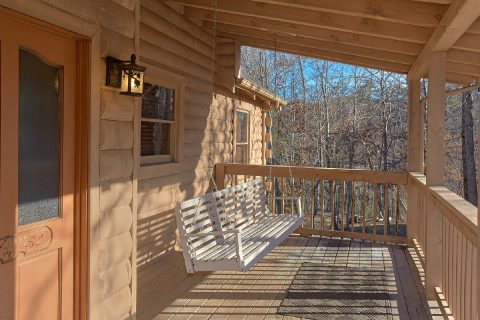 4 Bedroom Cabin with Porch Swing and Deck - Mountain Fever