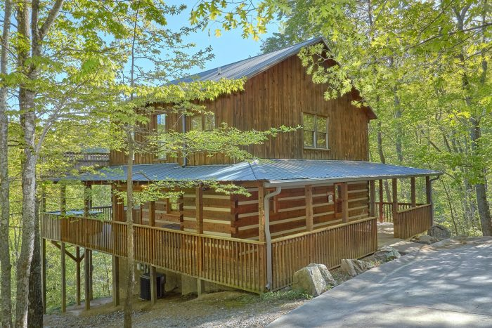 Rustic Wears Valley Cabin with private location - Mountain Glory