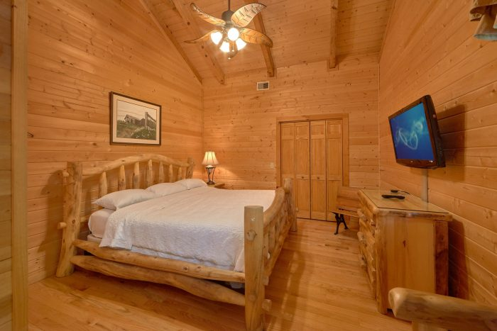 2 Bedroom Cabin with King Bedroom and Bath - Mountain Glory