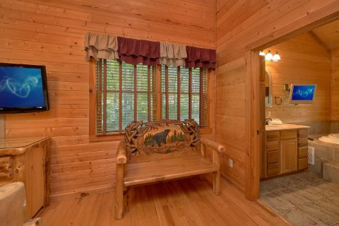 Cabin with 2 bathrooms, King Bed and Fireplace - Mountain Glory
