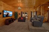 2 Bedroom With Extra Seating and TV