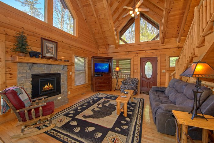 5 Bedroom Sleeps 11 in Pigeon Forge - Mountain Sunrise