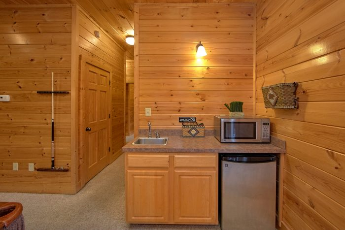 5 Bedroom Cabin with Wet Bar - Mountain Sunrise