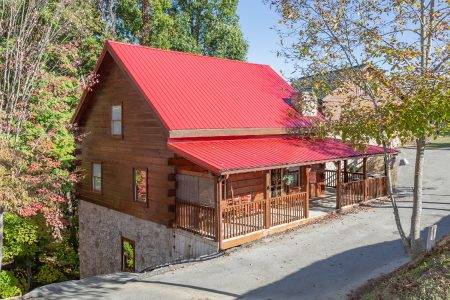 Mountain Sunrise: 5 Bedroom Sevierville Cabin Rental