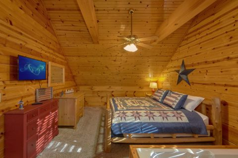 5 Bedroom cabin with Large Master Suite - Mountain Time
