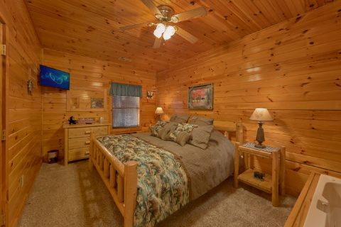Pigeon Forge Cabin with 4 King Beds - Mountain Time