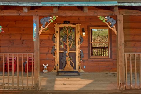 Pigeon Forge cabin with Wrap around porch - Mountain Time