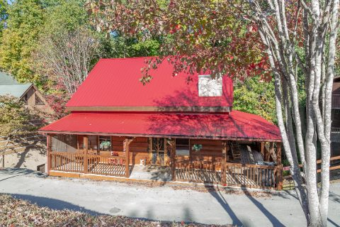 5 Bedroom Pigeon Forge Cabin Rental - Mountain Time