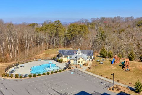 Pigeon Forge Condo with Pool and Playground - Mountain View 2704