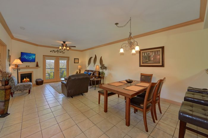 Condo in Pigeon Forge with Fireplace and View - Mountain View 5305