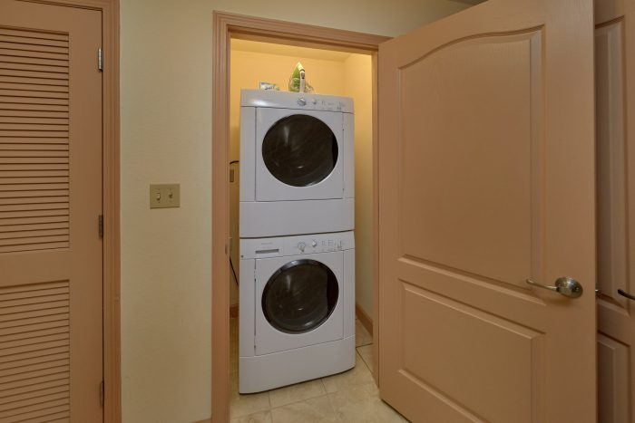 Spacious Condo with full size washer and dryer - Mountain View 5305