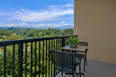 Mountain Views 2 Bedroom Condo Pigeon Forge - Mountain View 5706