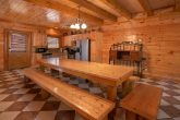 8 Bedroom Cabin Sleeps 24 Large Open Kitchen
