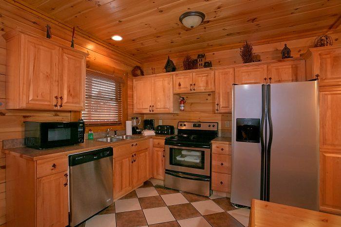 Updated Kitchen 8 Bedroom Cabin Sleeps 24 - Grand Theater Lodge