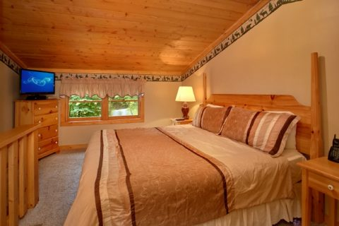 1 Bedroom Cabin with King Bed - Mountain Dreams
