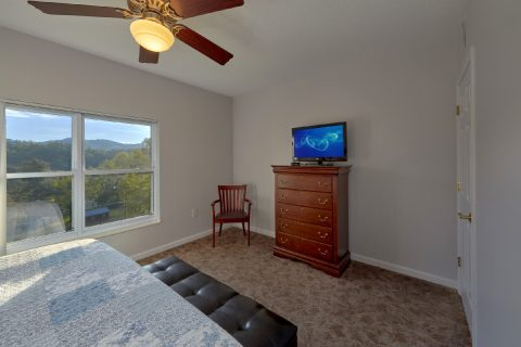 Pigeon Forge 3 Bedroom Condo with 3 King Beds - My Pigeon Forge Retreat