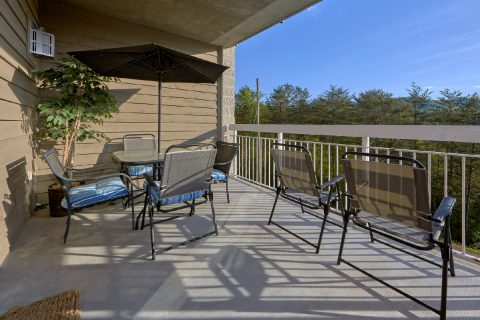 Large Covered Deck with Views - My Pigeon Forge Retreat