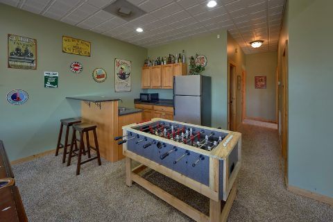 Foos Ball Table 5 Bedroom Cabin Sleeps 20 - Mystic Ridge