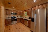 Luxury 2 bedroom cabin with Full Kitchen