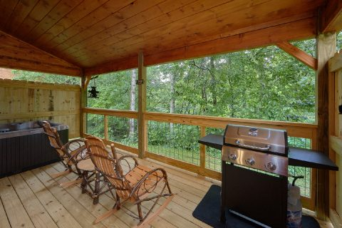 Luxury Cabin with hot tub and Wooded View - Mystical Mornings