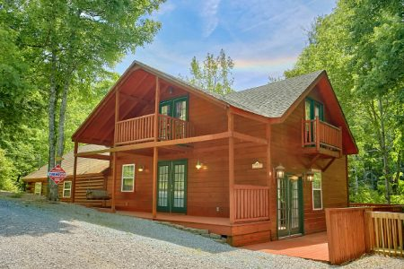 Hidden Peaks: 3 Bedroom Gatlinburg Cabin Rental
