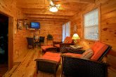 Spacious 4 Bedroom cabin with 2 Living Areas