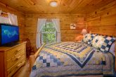 Rustic Cabin with 2 Private Queen bedrooms