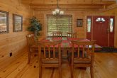 2 Bedroom 2 Bath Cabin Sleeps 5