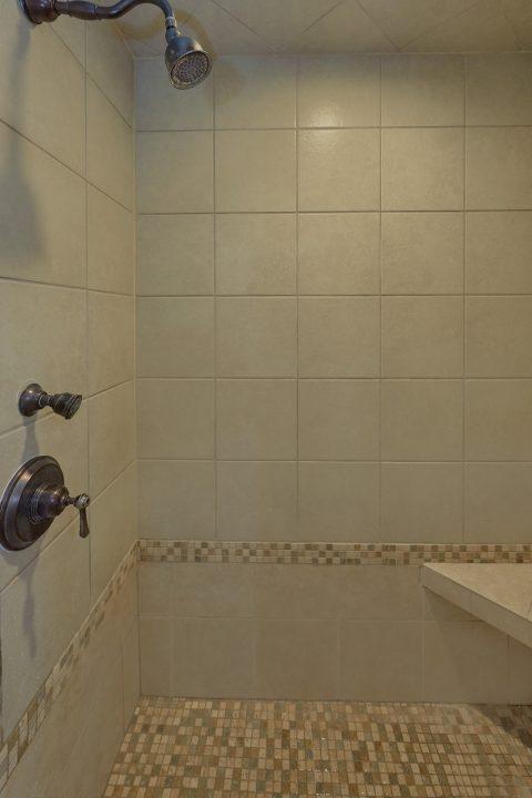 2 Bedroom 2 Bath Cabin Sleeps 5 - Noah's Getaway