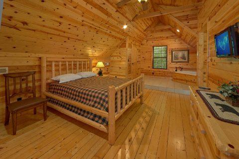 2 Bedroom 2 Bath with Master Bedroom - Noah's Getaway