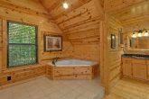 Jacuzzi Tub Master Suite 2 Bedroom Cabin