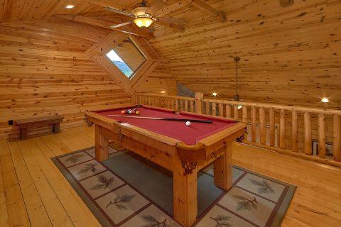 Loft Game Room wiht Pool Table 2 Bedroom - Noah's Getaway