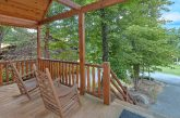 2 Bedroom Cabin Sleeps 5 with Rocking Chairs