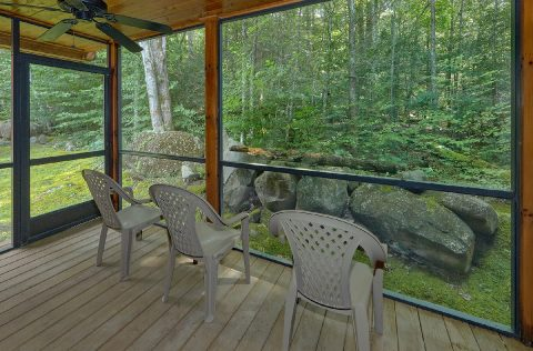 Screen in Porch with Rocking Chairs - Noah's Getaway