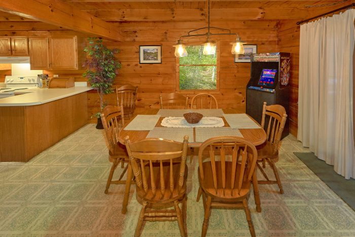 3 Bedroom Cabin with Full Size Dining Area - Oakland #1
