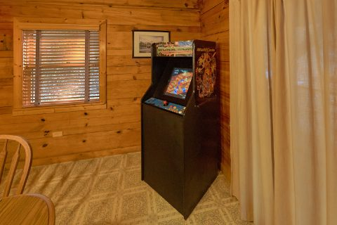 Rustic 3 Bedroom Cabin with Arcade game - Oakland #1