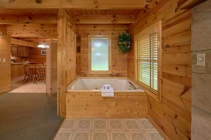 Rustic Gatlinburg Cabin with Loft and 3 Bedrooms - Oakland #1