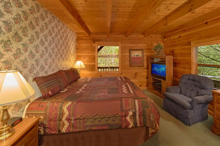 3 Bedroom Cabin with Outdoor Fire Pit - Oakland #1