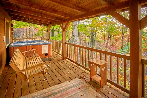 Gatlinburg cabin with hot tub and wooded view - Oakland #3