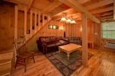 Spacious Cabin with Large Family Room