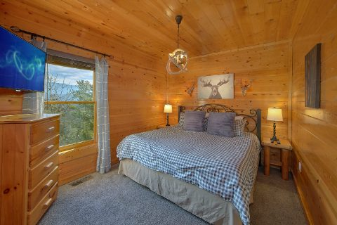 4 Bedroom 3 Bath Cabin with 3 King Beds - On The Rocks