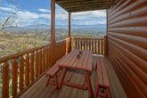 Spectacular Views 4 Bedroom cabin Sleeps 14